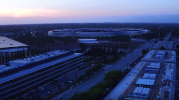 L'Apple Park au crepuscule